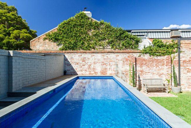 Stunning Carlton pools